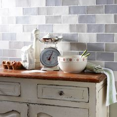 To create this Laura Ashley shabby chic kitchen, use our range of Laura Ashley Artisan tiles.