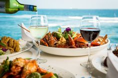 Karambazi Café at the SeaCliff Hotel is one of Dar es Salaam's most delightful places. Good food meets nice drinks meets a most spectacular ocean view.