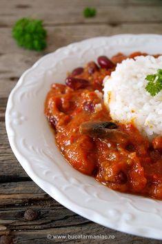 Tocana de legume cu fasole si ciuperci | Bucatar Maniac My Recipes, Cooking Recipes, Favorite Recipes, European Dishes, Hungarian Recipes, Romanian Recipes, Romanian Food, Recipe Mix, Home Food