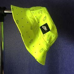 Nike golf bucket hat neon yellow Nike 6 god bucket hat, never worn Nike Accessories Hats