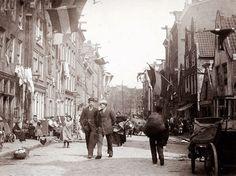 De Willemsstraat is een straat en voormalige gracht (de Goudsbloemgracht gedempt in 1857) in de Amsterdamse Jordaan.