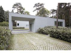 entrance building / garage / gate