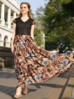 Sweet Style V-neck Flowers Printing Lace Splice Bohemian Dress