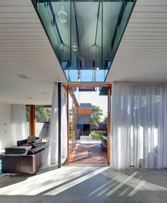 Spiegel Haus in Australia Employs Mirrors to Bring Light Inside Living Spaces - http://freshome.com/Spiegel-haus-australia-employs-mirrors-to-bring-light-inside-living-spaces