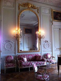 Versailles - the Salon De Compagnie where Marie Antoiniette held court