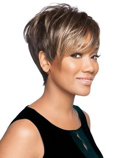 Side Swept Waves for Ash Blonde Hair - 50 Light Brown Hair Color Ideas with Highlights and Lowlights - The Trending Hairstyle Short Hairstyles For Thick Hair, Short Straight Hair, Short Pixie Haircuts, Pixie Hairstyles, Short Hair Cuts, Short Hair Styles, Wedding Hairstyles, Brown Hair With Blonde Highlights, Hair Highlights