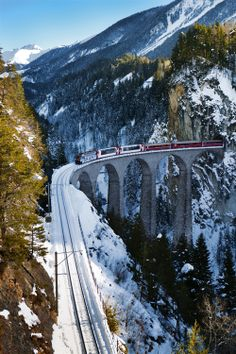 Getting to St Moritz is no easy task and includes a five-hour train ride through some of the country's most stunning scenery. Beautiful Places To Visit, Places To See, Train Suisse, Glacier Express, Switzerland Tour, St Moritz, Trains, Europe Holidays, Train Pictures