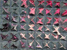 Tutorial: Fabric Slashing – Confessions of a Fabric Hoarder Stoff-Kunst Textile Manipulation, Fabric Manipulation Techniques, Textiles Techniques, Sewing Techniques, Fabric Manipulation Tutorial, Art Techniques, Sewing Art, Vintage Sewing Patterns, Vintage Fabrics