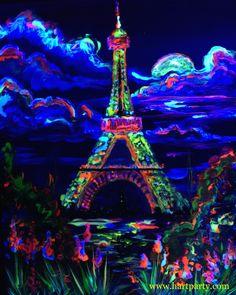 Neon glow art Eiffel tower on Periscope in Blacklight @artsherpa Cinnamon Cooney on Periscope @artsherpa #eiffeltower #blacklight #blacklightparty #blacklightart #art #neon