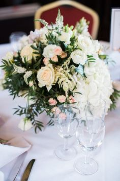 The wonderful florist Hall of Flowers is now available on Wedding Planner