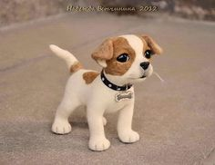 Cute cute cute - little needle felted dog by Vetchinina Hope from Russia Needle Felted Animals, Crochet Animals, Needle Felting, Dog Lover Gifts, Dog Lovers, Crochet Dog Patterns, Felt Dogs, Dog Ornaments, Paperclay