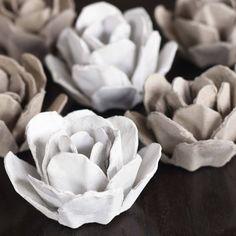 Awesome #DIY Egg Carton Roses