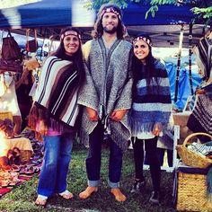 My three gorgeous Mapuche angels @bangalowmarkets #byron #bangalow #market #ondama #poncho #alpaca #male #poncho #manta #headbands #cintillo #mapuche #lana #handmade #handwoven #gypsy #boho #freespirit #beauty #chile