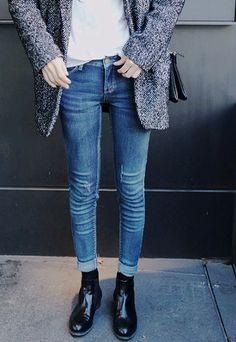 Minimal and classic - denim, black kicks, white tee and over sized blazer