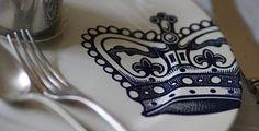 Crown plate