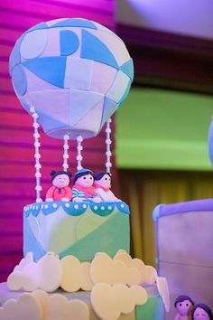Disney movies may be a very popular party theme, but how about something inspired by a classic Disneyland ride? We absolutely love this unique idea centered around the It's A Small World ride, and Party Magicstyled the event so wonderfully! We're sure that both the kids and adults had the grandest time! So whether you…