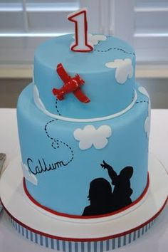 Airplane Cake by MON TRESOR PARTIES