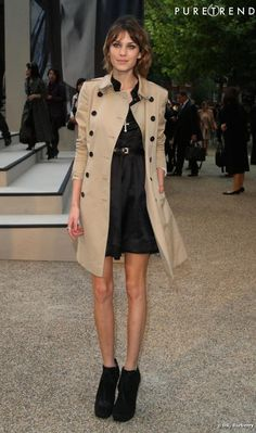 Alexa Chung put on eternal trench, That Gives basic chic style to-any outfit no matter.