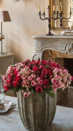 rose bouquet in cement cache pot. Wonderful contrast, delicate and beautiful roses with vase roughness of cement. My Flower, Fresh Flowers, Flower Power, Beautiful Flowers, Simply Beautiful, Draw Flowers, Flowers Nature, Beautiful Gorgeous, Deco Floral