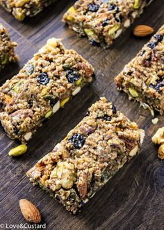 No bake, no fuss blueberry oat and nut breakfast bars without any of the processed sugars, additives or guilt! - Love&Custard