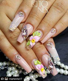 ♚❁Pinterest: Maricela Gallegos 3d Acrylic Nails, 3d Nails, Cute Nails, Pretty Nails, Perfect Nails, Gorgeous Nails, 3d Nail Designs, Yellow Nail Art, Swarovski Nails