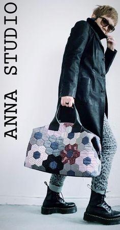 quilt pattern, designed by Anna Studio – Handwerk und Basteln Hexagon Patchwork, Crazy Patchwork, Patchwork Bags, Quilted Bag, Japanese Bag, Boston Bag, Quilt Kits, Lining Fabric, Machine Quilting