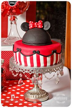 Minnie or Mickey Mouse cake - depends on how you finish it! Mickey Party, Minnie Mouse Party, Mouse Parties, Mickey Mouse, Disney Parties, Disney Cakes, Disney Food, Fancy Cakes, Cute Cakes