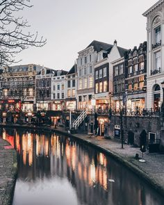 """(@een_wasbeer) on Instagram: """"✨Evening flickers✨ I already see this busy canal in the summer, just imagine nice warm day and you…"""""""
