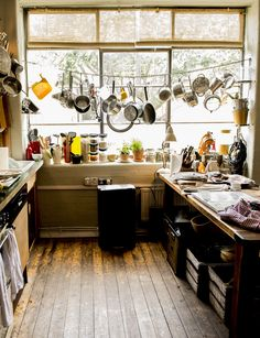 See Le Creuset In The Kitchen Of Hottest Food Year Burnt
