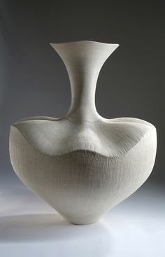 Wendy Hoare, UK I produce large one-off, sculptural ceramics, handbuilt entirely by coiling clay. These ceramics are suitable for garden, courtyard or conservatory, as well as interior display.