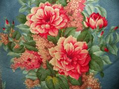 Vintage-Blue-and-Pink-Nubby-Barkcloth-Fabric-with-Roses-Hydrangea-and-Daisies