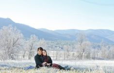 Stunning winter wedding engagement session. View more from this winter Cades Cove wedding engagement inspiration by Danielle Evans Photography | The Pink Bride www.thepinkbride.com