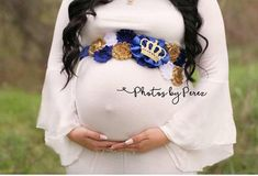 36 Trendy Baby Shower Themes For Boys Prince Royals Blue Gold Royal Baby Party, Royal Baby Shower Theme, Royalty Baby Shower, Royal Baby Boys, Distintivos Baby Shower, Baby Shower Backdrop, Boy Baby Shower Themes, Royal Babies, Baby Blue