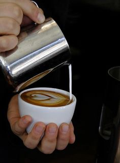 Cafe con leche for breakfast manana  antonio@exitrealtysearch.com www.lovingmytown.com  #BRONXREALTOR