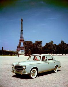 Peugeot 403.