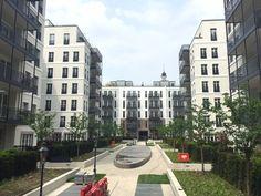 Ich habe einen Blick in das neue Andreas Quartier in der Düsseldorfer Altstadt zu werfen und mich mit einem Mitarbeiter des Immobilien-Investors Frankonia zu unterhalten.