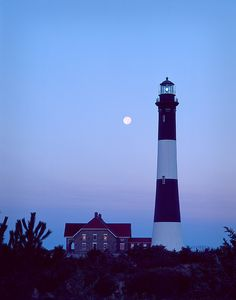 M00n OVer tHe Fire IslaNd LigHTh0use