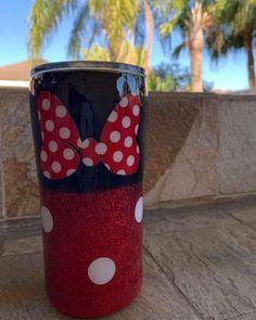 Diy Tumblers, Custom Tumblers, Glitter Tumblers, Disney Cups, Disney Diy, Kids Tumbler, Tumbler Cups, Tumbler Stuff, Mickey Mouse Cups