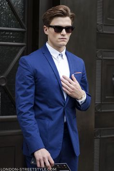 London Collections: Men Spring Summer 2014, fashion, street style,london streetstyle,fashion photography, fashionable, fashionista, street fashion, men's fashion, mensfashion, menswear, style, navy suit, white shirt,oliver cheshire