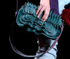 Коллекция Fendi 2016. Одежда, сумки, очки. Фото с сайта. Fendi, Sexy, Baguette, Women, Handbags, Street, Instagram, Fashion, Waves