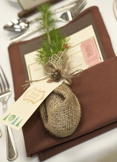 Tree plant wedding favour wrapped in burlap - #wedding
