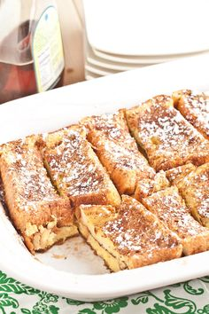This French Toast Bake is made with thick Texas toast, which results in a scrumptious breakfast everyone will love! The Best French toast casserole yet. Breakfast And Brunch, Breakfast Bake, Breakfast Dishes, Breakfast Recipes, Tomato Breakfast, Best French Toast, French Toast Bake, Overnight French Toast Casserole, Baked French Toast Overnight