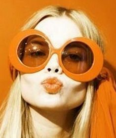 60s sunglasses frames are frequently thick and they have a variety of shapes. Also ,they revived older styles such as thin retro round glasses that nowadays they are inspired by.