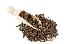 The ancient texts all seem to agree on the many therapeutic properties of clove - it is a stimulant and has stomachic, expectorant, sedative, carminative,