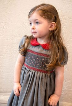 Girl's Hand Smocked Holiday Party Dress - Dark Gray with Red Flowers, 1950s Outfits, Kids Outfits, Vintage Outfits, Toddler Outfits, Girls Smocked Dresses, Little Girl Dresses, Little Girls, Little Girl Fashion, Fashion Kids