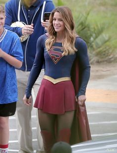 Melissa Benoist in Supergirl Supergirl Superman, Supergirl 2015, Supergirl And Flash, Melissa Benoist, Melissa Supergirl, Kara Danvers Supergirl, Cw Series, Divas, Female Hero