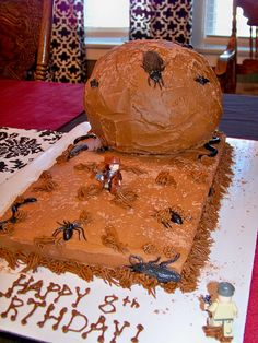 Indiana Jones Cake Indiana Jones running from a boulder
