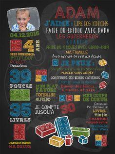 Affiche personnalisée anniversaire 2 à 5 ans Blocs en fête (rouge) | 30,00$ #chalkboard #lacraieco #lego Birthday Photo Frame, Birthday Photos, 4th Birthday, Deco Lego, Fete Emma, Lego Invitations, 5 Year Anniversary, Birthday Chalkboard, Block Party