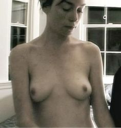 "CELEBRITY NUDE CENTURY: Julianne Nicholson (""Masters Of Sex"")"