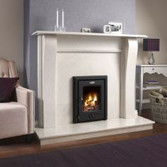 The Cara insert stove is the ideal solution for those who want the warmth and efficiency of a cast iron stove with the appearance of an open fire. Small Living Rooms, My Living Room, Living Room Designs, Insert Stove, Log Burner Living Room, Cast Iron Stove, Stove Fireplace, Decoration, Room Inspiration